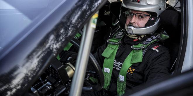 Manuel Pinto estreia-se com Skoda Fabia R2 em ralis de terra