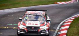 Tiago Monteiro recupera até 16º em Nordschleife