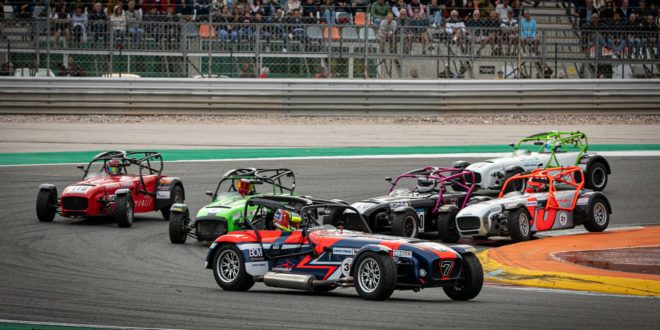 Super Seven by Toyo Tires decide-se no Estoril Racing Festival!