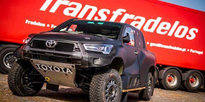Tiago Reis de Toyota Hilux no Nacional Todo Terreno